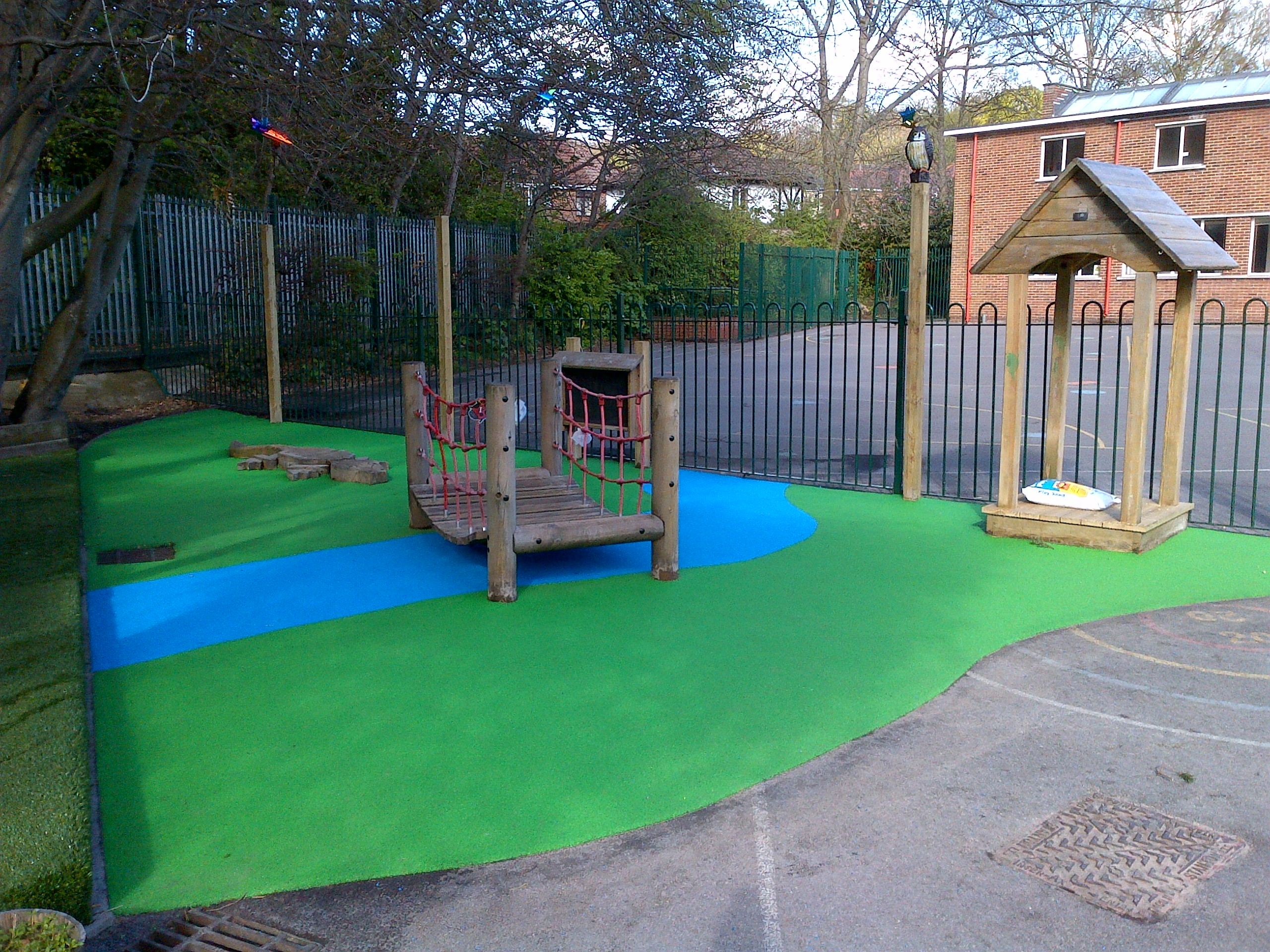53m² green and blue wetpour in Southampton