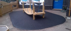 22m² black wetpour in West Ham, London